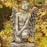 """Engeljunge """"BARBIEL"""" nachenklich, Steinguss Gartenskulptur, B/H: 43/70cm, wetterfeste Figur für den Außenbereich"""