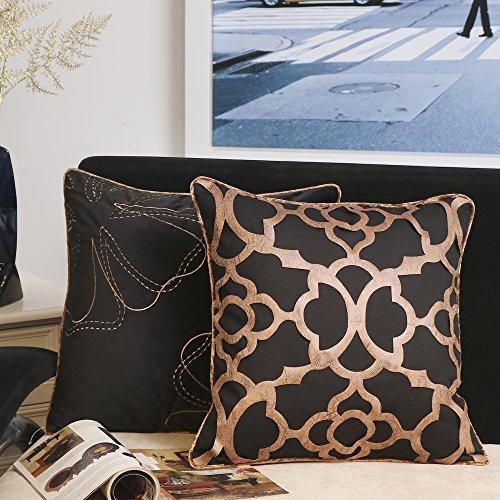 Valery Madelyn Luxuriös Gold schwarz Weihnachtskissenbezug geometrische Baumwolle Samt Dekoration Kissenhülle mit Aufkleber Leder und Stickerei Design (2er Set, 45x45cm)