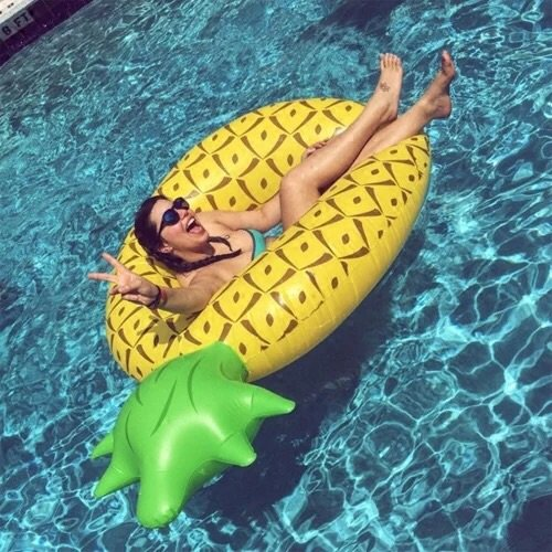 FANGJIN Anello di nuoto di ananas intensificare l'acqua di cinture spalle spessore anello inflazione rafting sul letto flottante.