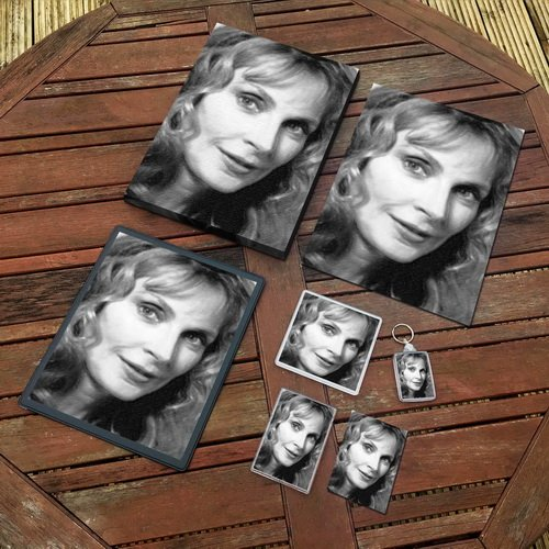 GATES McFADDEN - Original Art Gift Set #js002 (Includes - A4 Canvas - A4 Print - Coaster - Fridge Magnet - Keyring - Mouse Mat - Sketch Card)