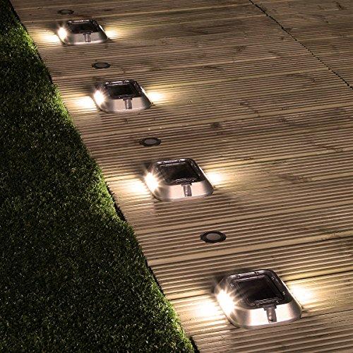 4er Pack, solarbetriebene, sehr stabile Einfahrt Weg und Boden Leuchten, mit jeweils 6 Hochleistungs-SMD-LEDs in angenehmen warmweiß, von Super Solar - Verkauf von Festive Lights