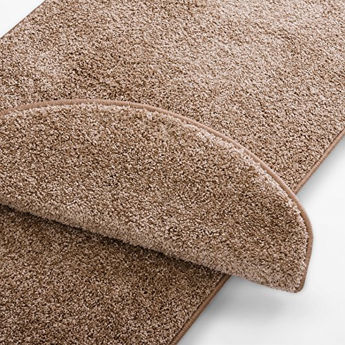 Teppich Läufer uni beige | Qualitätsprodukt aus Deutschland | GUT Siegel | kombinierbar mit Stufenmatten | 19 Breiten und 18 Längen (66 x 150cm)