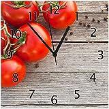 Wallario Glas-Uhr Echtglas Wanduhr Motivuhr • in Premium-Qualität • Größe: 30x30cm • Motiv: Tomaten und Gewürze auf altem Holztisch