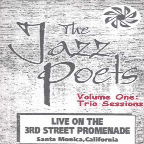 Live On the 3rd. St. Promenade