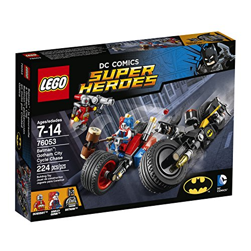 LEGO-Super-Heroes-BatmanTM-Gotham-City-Cycle-Chase-76053