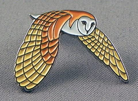 Emaille Badge Pin Ornithology Fliegende Schleiereule