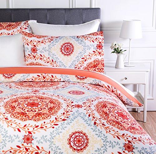 AmazonBasics - Juego de ropa de cama con funda de edredón, de microfibra, 230 x 220 cm, Coral (Coral Medallion)
