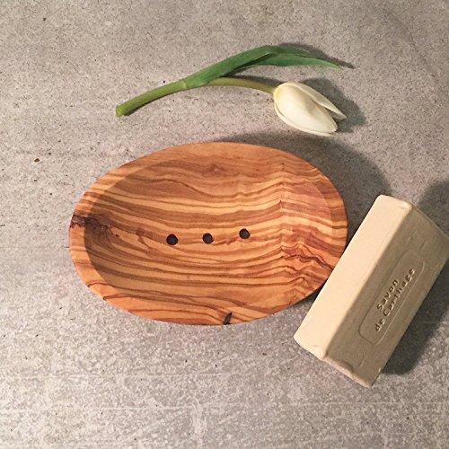 portasapone-in-legno-di-ulivo-ovale-portasapone-sapone-piu-sicuro-perforato-fatto-a-mano
