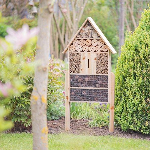 Ein Insektenhotel XXL für den Garten