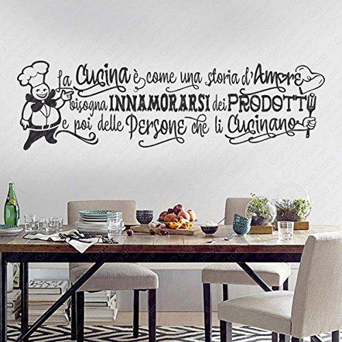 Adesivi Murali Wall Stickers frasi e citazioni sulla Cucina. Aforismi sul cucinare Bisogna innamorarsi dei prodotti e poi delle persone che li cucinano   GigioStore.com