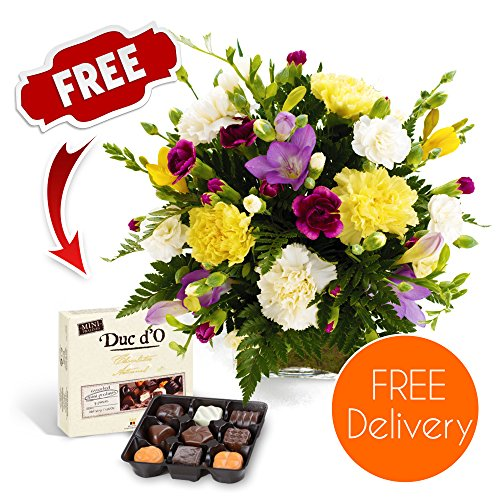 fresh-flowers-delivered-free-uk-delivery-friendship-bouquet-including-carnations-and-guernsey-freesi