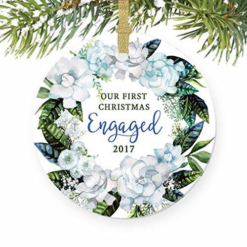Unsere First Christmas, die Engagement Geschenk rund Weihnachten Ornament Andenken Xmas Tree Dekoration Hochzeit Jahrestag Geschenk Weihnachtsbaum Geschenk Idee (Party Engagement Favor Ideen)