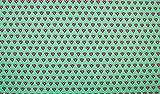 Qualitativ hochwertiger Jersey Stoff mit Herzen in Beere auf Grün als Meterware mit Öko-Tex Zertifizierung zum kreativen Nähen von Erwachsenen, Kinder und Baby Kleidung, 50 cm