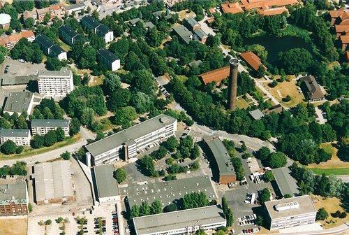 MF Matthias Friedel - Luftbildfotografie Luftbild von Ausschläger Elbdeich in Hamburg (Hamburg), aufgenommen am 11.08.03 um 12:37 Uhr, Bildnummer: 2516-14, Auflösung: 3000x2000px = 6MP - Fotoabzug 50x75cm