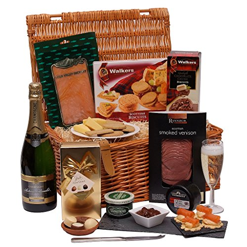 the-grand-hamper-luxury-hampers-food-and-champagne-gift-presented-in-a-traditional-hamper-gift-baske