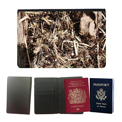 cubierta-del-pasaporte-de-impresion-de-rayas-m00134176-formiche-legno-formica-insetto-universal-pass