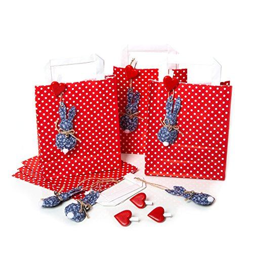 epunktete Osternest Papiertüten 18 x 22 x 8 cm + 8 blau weiße Osterhasen Anhänger + 8 Herz Klammern: Geschenkverpackung zu Ostern Osterdeko natürlich Papier Geschenktaschen ()