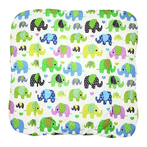 TupTam Baby Wickeltischauflage mit Baumwollbezug Gemustert, Farbe: Elefant Grün, Größe: 70 x 70 cm