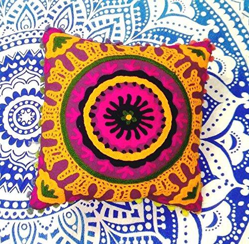 Suzani Housse de coussin 16 x 16, brodé Couvre-lit décoratif indien taie d'oreiller, coussins d'extérieur, Pom Pom Boho Couvertures d'oreiller