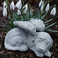 Tiergrabstein Hunde Figur Gedenkstein mit Engelsflügeln. Länge 14cm