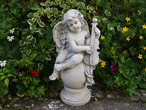 gartendekoparadies.de Massive Steinfigur Engel auf Kugel mit Violine Steinguss frostfest Grabdeko