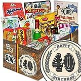 Produkt-Bild: 40. Geburtstag | Ossi Produkte | DDR Süßigkeiten-Box mit Zetti Cocosflocken, DDR Schokoladen Geldschein, Rotkäppchen Sekt, Halloren Kugeln Classic, Liebesperlen, Trabi Puffreis Schokolade und vielem mehr