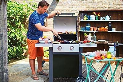 Jamie Oliver Gasgrill HOME 2  Zweiflammiger Premium BBQ Grillwagen mit Thermometer & einklappbaren Seitenablagen - Barbecue mit robusten gusseisernen Rost & Warmhaltefläche