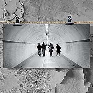 Postkarte XXL Tunnel Street Hamburg People