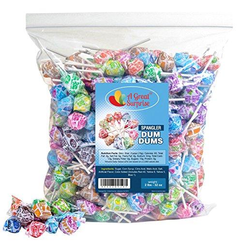 - A Great Surprise DUM DUMS Lutscher - Bulk Candy - 2 LB (ca. 120 Stück) des sortiert Pops Geschmack