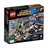 #10: Lego Super Heroes Clash Of The Heroes 76044