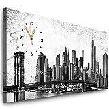 Julia-Art Bilder - New York Bild auf Leinwand mit Uhr - Wandbild fertig gerahmt - 120 x 50 cm - Leinwandbild Panorama- Schwarz Weiß Kunstdruck Skyline Stadt NY City Usa Wanduhr Quarzuhr N-c-100-a-107