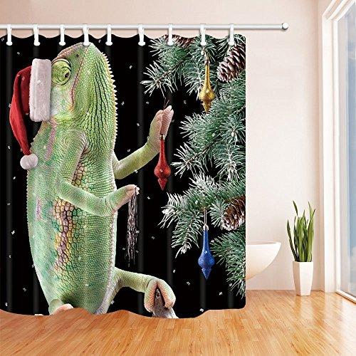 Rrfwq Weihnachtsduschvorhänge für Badezimmer-Chamäleon mit Weihnachtshut und Geschenke Stern-Himmel-Hintergrund-Polyester-Gewebe-wasserdichte Bad-Vorhang-Duschvorhang-Haken schlossen 70.8X70.8in ein (Chamäleon-hintergrund)