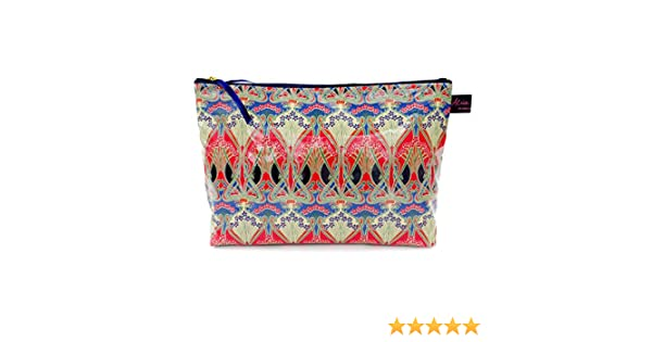 9c0b6b9e1375 Luxury Liberty Fabric Wash Bag in Ianthe Classic  Amazon.co.uk  Luggage
