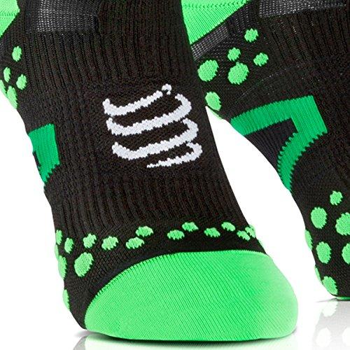 Zoom IMG-2 compressport racing socks v2 1