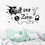 WandSticker4U® - XL muursticker tienerkamer spreuk CHILL OUT ZONE in zwart I wandafbeeldingen: 100 x 57 cm I wanddecoratie wo