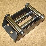 Rollenseilfenster für Forstseilwinden und Seilwinden mit maximal empfohlener Seilstärke von 6mm. Starke, robuste Ausführung. Seilfenster Seilrollenfenster Rollenfenster
