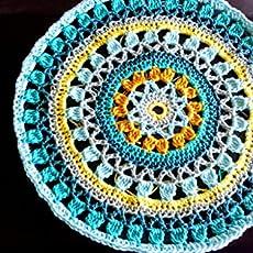 Napperon centre de table mandala coloré camaieu en coton. EUR 57,00. Châle  étole triangle écharpe ajouré bleu intense pure laine d alpaga fine b48c06d7235