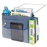mDesign Organizador colgante con 3 bolsillos – Espaciosa mesita de noche para colgar de algodón – Práctica bolsa organizadora con colgador para guardar agua, mando a distancia, etc. – azul vaquero