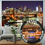 great-art Fototapete New York Wandbild Dekoration Brooklyn Bridge bei Nacht leuchtende Wolkenkratzer Skyline Wall Street USA Deko | Foto-Tapete Wandtapete Fotoposter Wanddeko by (210x140 cm)