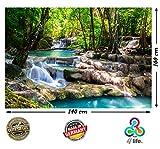 PMP-4life Wasserfall im Wald Natur HD XXL Poster 140cm x 100cm Hochauflösende Wand-dekoration Bild für Wandgestaltung | Wand-Bild Fotoposter Landschaft Bäume Wasser | + GRATIS Kalender 2018