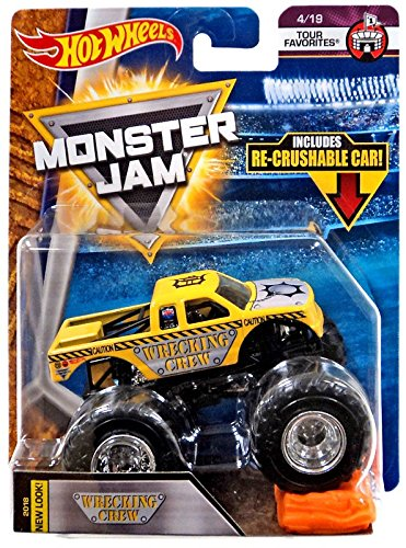 Hot Wheels 2018 Monster Jam 1:64 Scale Truck with Re-Crushable Car - Wrecking Crew