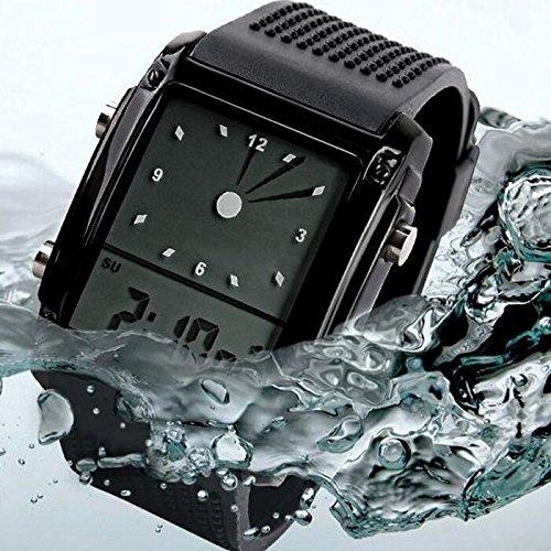 Tocoss(TM) Super hei?! 1PCS Jungen-Sport-Uhren LED-Quarz-Alarm Date wasserdichte Digital-Armbanduhr f¨¹r Cool Teenager Werbegeschenke [Schwarz] - Invicta Watch Silikon Bands