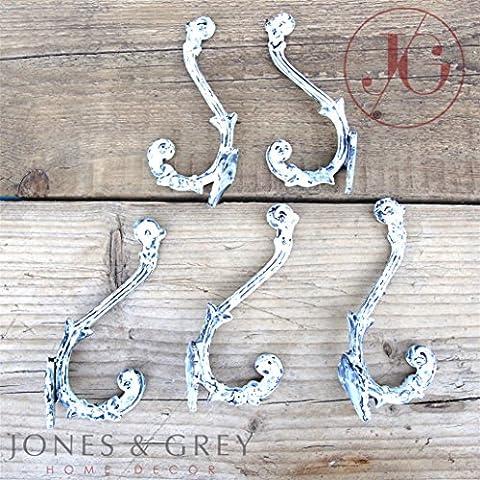 Un conjunto de 5–envejecido blanco diseño hierro fundido de doble pared ganchos