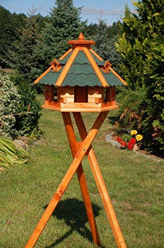 sechseckiges Vogelhaus mit Ständer