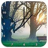 Baum und Bank im Nebel, Wanduhr Quadratisch Durchmesser 48cm mit schwarzen spitzen Zeigern und Ziffernblatt, Dekoartikel, Designuhr, Aluverbund sehr schön für Wohnzimmer, Kinderzimmer, Arbeitszimmer