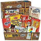 Kultige Süßigkeiten aus der DDR - Tangermünder Tanolo, Trabi Puffreis-Schokolade, Othello Keks Wikana uvm. +++ Süßigkeiten in praktischer Verpackung mit Ostmotiven +++ Ossi-Paket mit Ostprodukten und Waren aus der DDR +++ Geburtstagsgeschenk Geschenkidee Präsentkorb für Liebhaber von DDR-Süßigkeiten