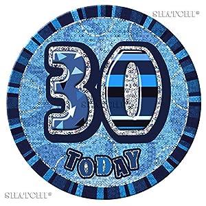 """Gifts 4 All Occasions Limited SHATCHI-496 - Insignia de 30 cumpleaños, diseño con texto""""Happy Birthday"""", color azul"""