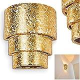 Wandspot Karatschi in Goldfarben mit Up & Down-Effekt - halbrund mit kunstvollen Stufen - Moderner Wandstrahler für Wohnzimmer - Esszimmer Lampe - Flurlampe – E27-Fassung – Lichteffekte an der Wand