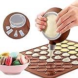 LangRay Tapis de Cuisson Macarons, Plaque à Macarons Meringues Moule en Silicone pour 48 Empalcements Macarons avec 1 Poche à