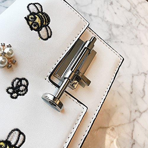 Nationale Art-Stickerei-Dame Geknöpfte Ketten-Schulter-Beutel-Biene-Kurier-Minimädchen-Mini Quadratische Tasche Weiß